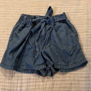 GAP paper bag shorts